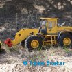 RC4WD Earth Mover 870K JD-88 mit Braeker-Lock Schnellwechsler und HD U-Räumschild | Wheel loader with quick coupler and HD Abrasion U-Dozer Blade